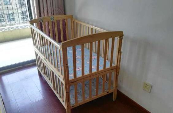 自用实木儿童床,超低价转让,9成新!