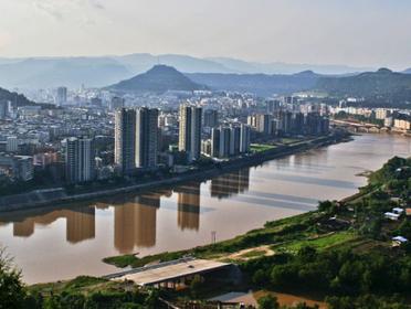巴城镇举行文艺晚会庆祝中华人民共和国成立71周年