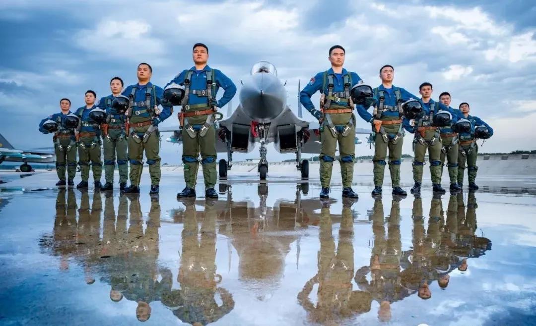 牛!昆山这名学生被录为空军飞行学员!